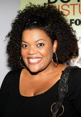 jackmacpw:  LOVE HER!!  @yvettenbrown is the sweetest! She is always the first to thank the fans.