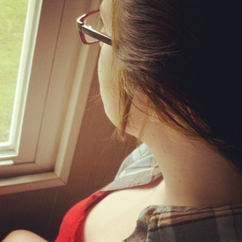 #rise #me #girl #chick #2011 #16 #window #room #glasses #shirt #ribbon #red #light #natural #old #hair #scenery (Taken with instagram)