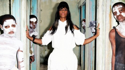 nprfreshair:  Music For Your Morning: NPR Music is streaming Santigold's 'Master of My Make-Believe' in its entirety. Enjoy! (via First Listen: Santigold, 'Master Of My Make-Believe' : NPR)  Do it! Listen!