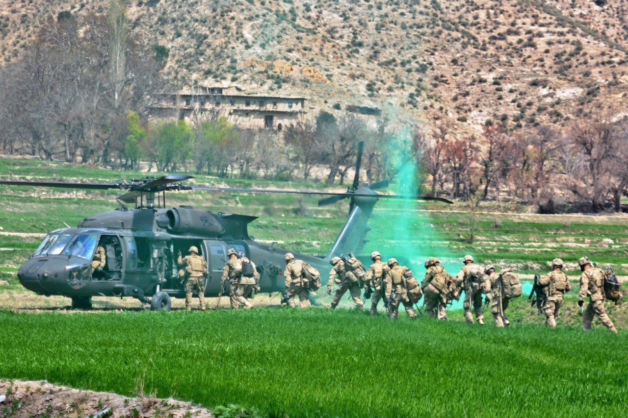 A UH-60 Black Hawk lands in the Jani Khel district April 14 to extract paratroopers assigned to 3rd Battalion (Airborne), 509th Infantry Regiment, during Operation Marble Lion. Via the US Army G+ page