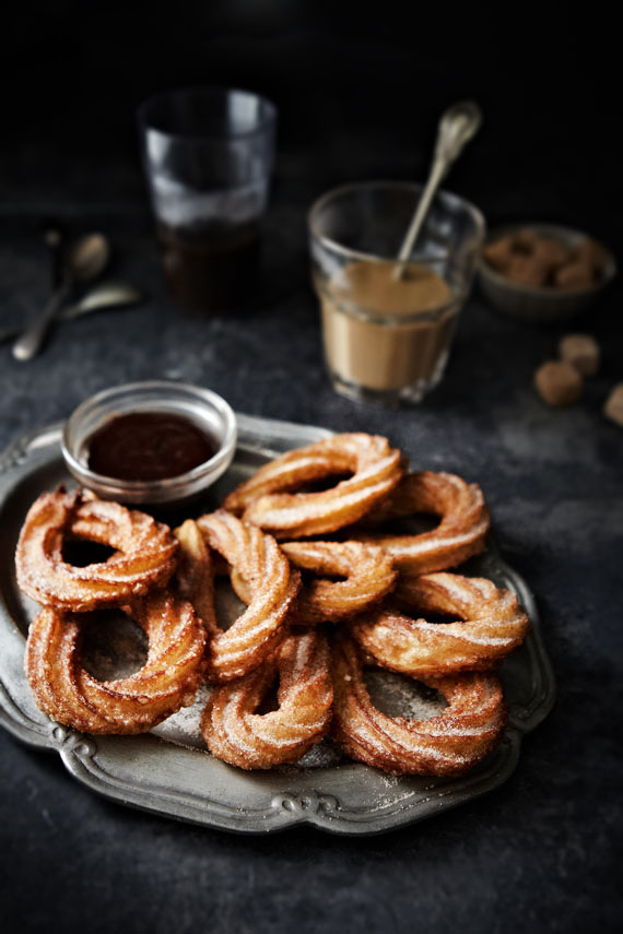 Chocolate & Churros (via Mowielicious)