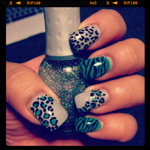 Turquoise and LightGrey animal print!! :)