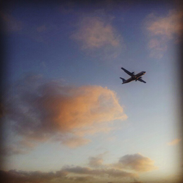 Sunset run #telaviv #running #namal #sunset #airplane  (Taken with Instagram at Tel Aviv Harbor (נמל תל אביב))