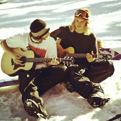 thesnowtriangle:  Jack and Mikkel jammin' !