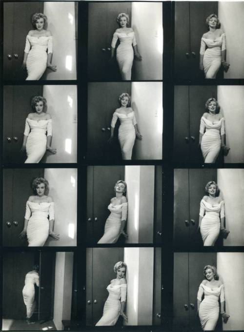 Contact sheet with photos of Marilyn Monroe by Philippe Halsman for Life magazine. 1952. (Via)