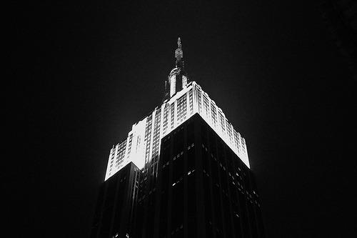 urbanehood:  Empire State Building (by paolounique)