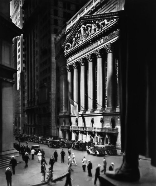 Berenice Abbott New York Stock Exchange, New York City 1933 Gelatin silver print 24 x 19 cm