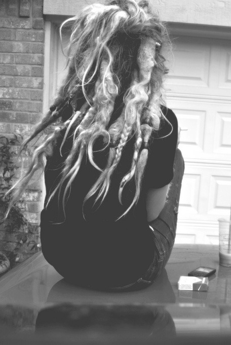 woodstockreborn:  want hair like this.