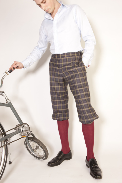 Dashing Tweeds ready to wear Cycling Breeches in Urban Check with an Abici Velocino bicycle. Photographed by Guy Hills.