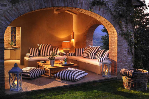 georgianadesign:  Travel Umbria, Italy. Spinaltermine Villa by Luxorium.