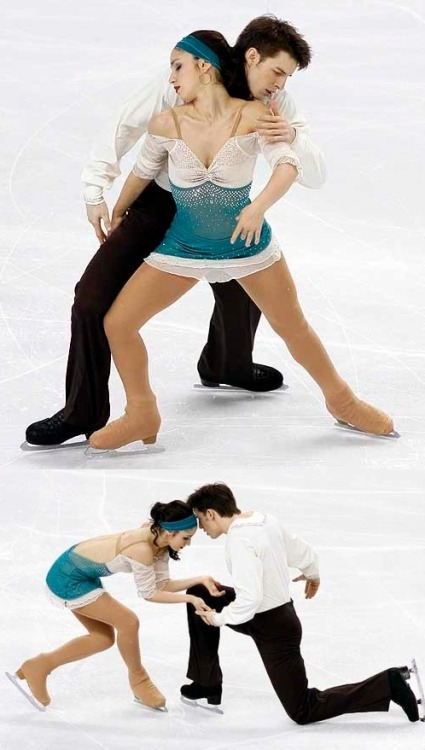 Stefania Berton and Ondrej Hotarek's long program costumes at the 2010 World Championships. The theme was Notre-Dame de Paris. Sources: http://photos.skatetoday.com/displayimage.php?album=120&pid=17432 http://beautiful-shapes.tumblr.com/post/9414597016/berton-hotarek-2010-lp