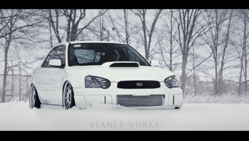 stancedesign:  Air Lift's bagged subaru.