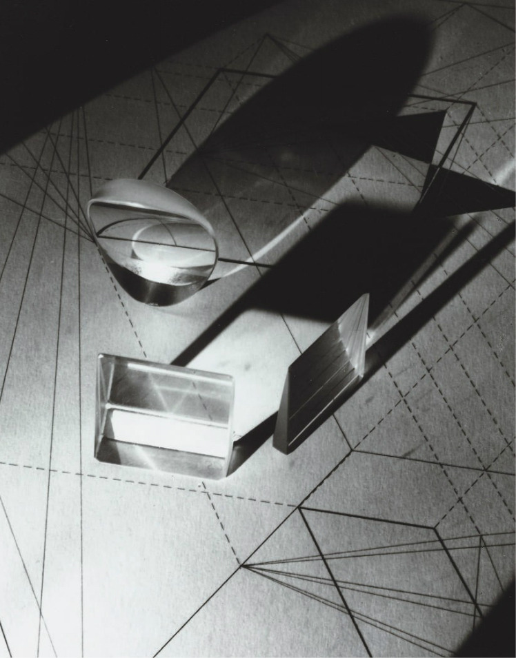 mondonoir:  György Kepes, Light Prisms, 1940, gelatin silver print @ Christies