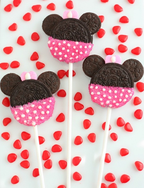 Minnie and Mickey Oreo Cookie Pops! (tutorial)