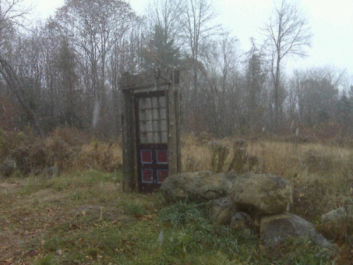 mildlyamused:  Narnia is pretty much failing at being secret these days. 20 Entrances That Are Clearly Gateways To Narnia