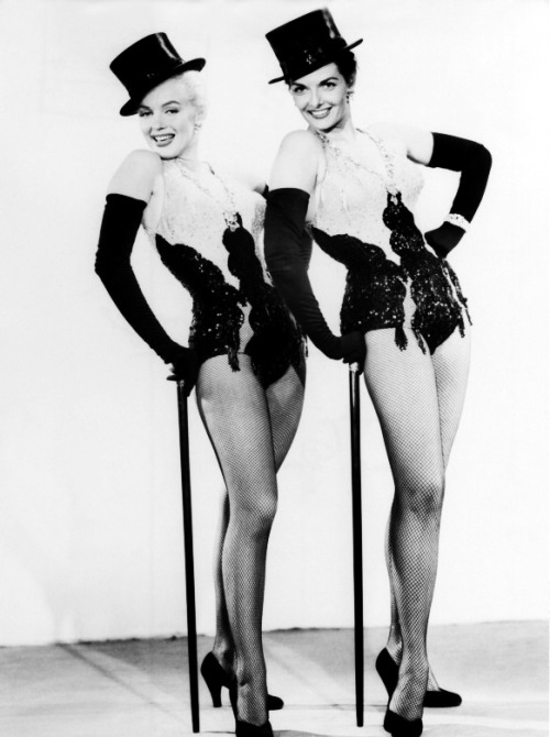 vintagegal:  Marilyn Monroe and Jane Russell in Gentlemen Prefer Blondes (1953)