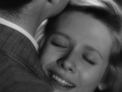 Cathy O'Donnell and Farley Granger in They live by night (N. Ray)