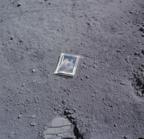 The family photo that Charlie Duke left on the Moon on April 23, 1972, NASA.