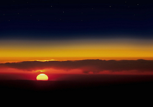 venimori:  Sunset From Airplane (by Bob Jagendorf)