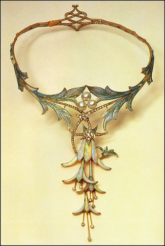 Drop dead gorgeous necklace for Georges Fouquet designed by Alphonse Mucha.