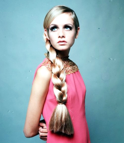 vogue-owns-the-runway:  i Just love this photo of Twiggy
