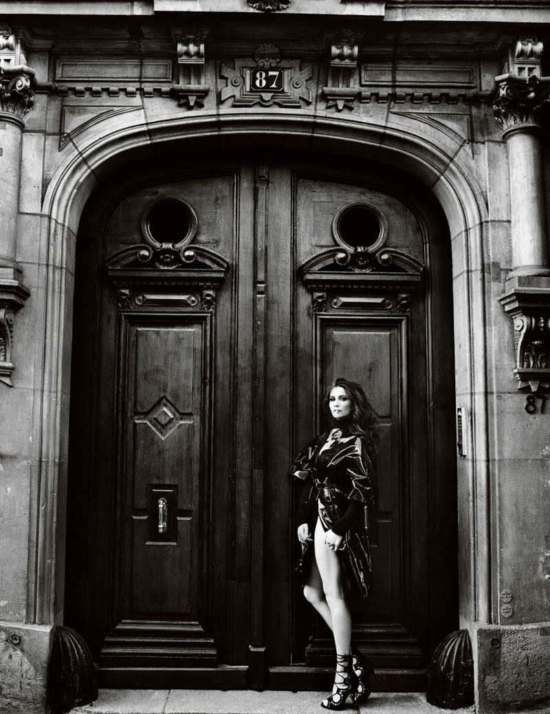 stefanieneves:  Laetitia Casta photographed by Mario Testino for Vogue Paris, May 2012