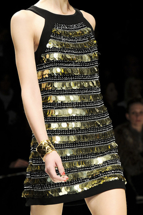 misguided-models:  Moschino, Fall 2012