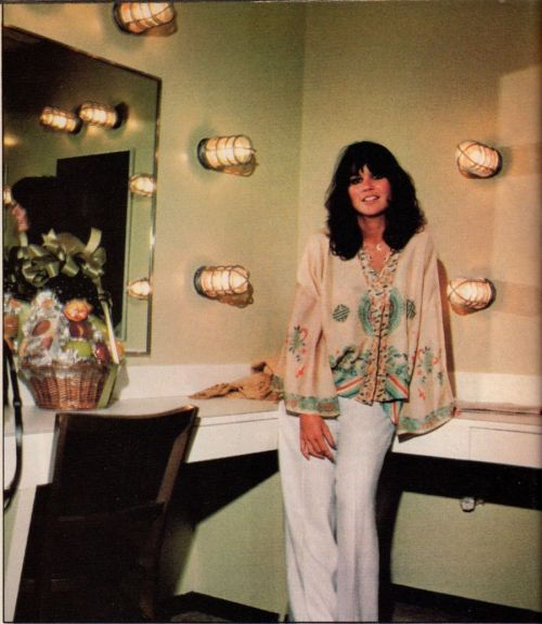 simplylindaronstadt:  Photo: Michael N. Marks(Creem, December 1976)