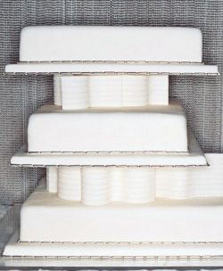 "archiveofaffinities:  Martha Stewart, Architecture-Inspired Wedding Cake ""In this cake, the cantilevered tiers are a tribute to Frank Lloyd Wright. Styrofoam separators supporting the tiers are hidden behind undulating walls of fondant inspired by the work of the contemporary architect Frank Gehry."""