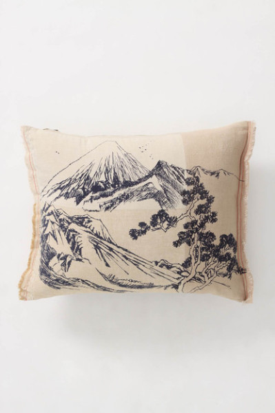 Mount Yotei Pillow