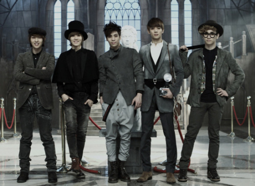 "SHINee Reveals ""Sherlock"" Japanese PV  As reported earlier, Korean group SHINee will be releasing their new single, ""Sherlock (Japanese ver.)"", on May 16th. However, prior to its official release, the group has unveiled the PV for the song. This is the Japanese version of SHINee's song ""Sherlock"", which has already been released in South Korea. The single will also include a Japanese original song called ""Keeping love again"" as its coupling track. ""Sherlock (Japanese ver.)"" will be available in 3 different versions: Limited Edition, Regular First Press Edition, and Regular Edition. We have some time to go before the official release, so check out the PV in the meantime!"