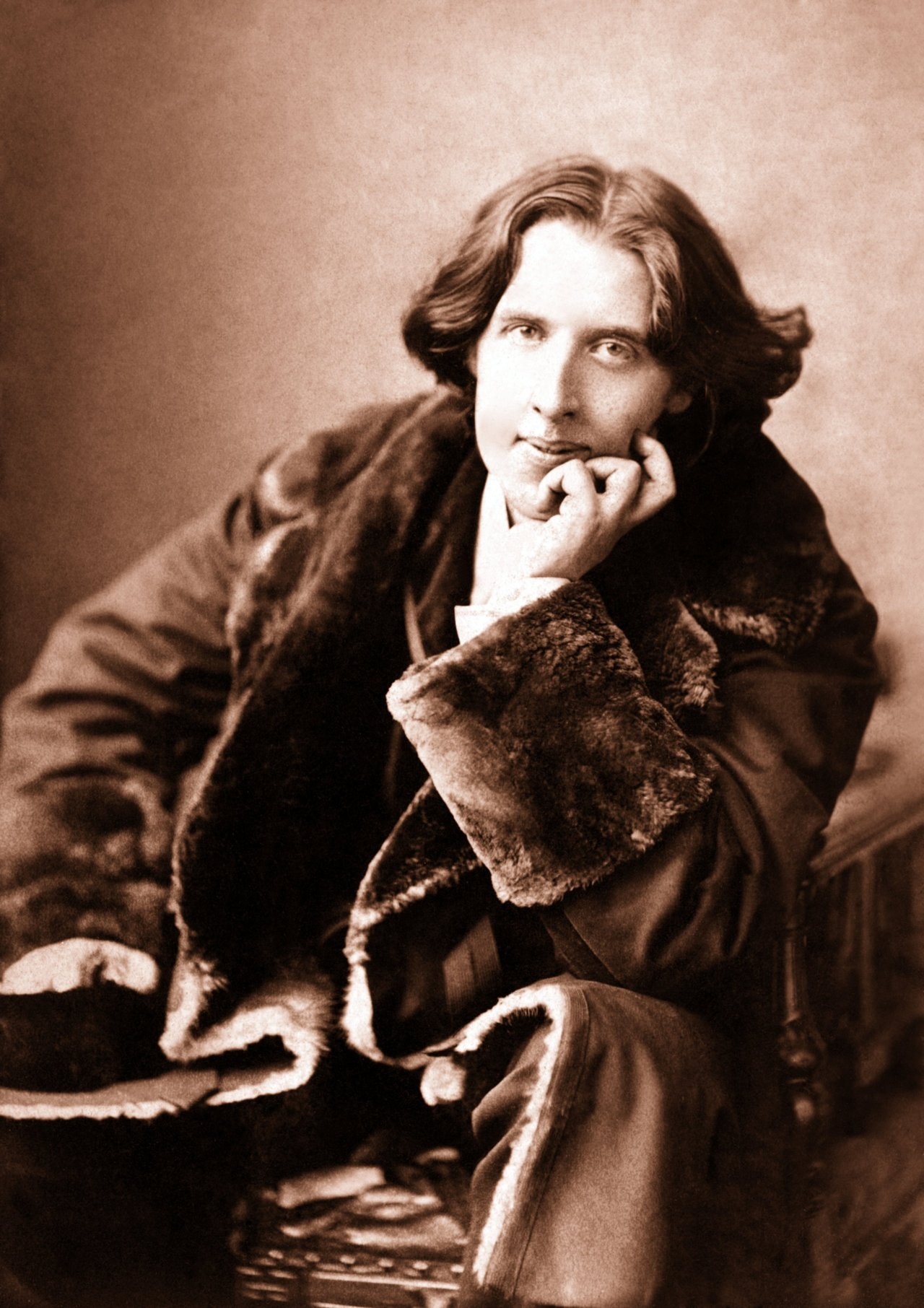 """I can resist everything except temptation""   — Oscar Wilde  Oscar Wilde was photographed by expatriate Canadian Napoleon Sarony"