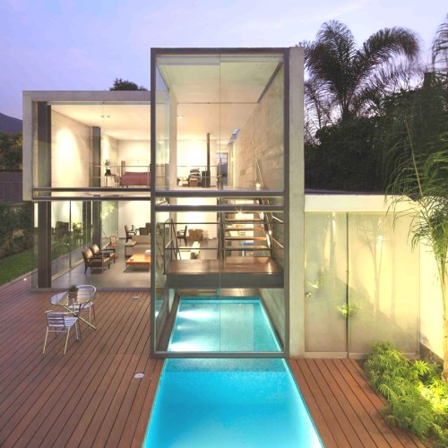 Contemporary La Planicie Home, Peru via Adelto