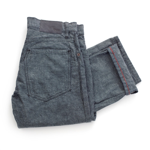 Warren Gravel Work Fit The Warren Gravel is a  richly textured, 11oz. canvas,rinsed + tumbled for softness and texture.  Now available exclusively at Barneys.