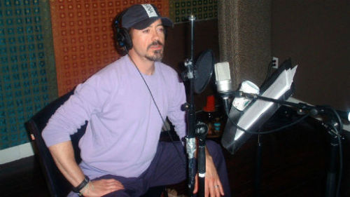 [Image: A photo of Robert Downey Junior in a lilac shirt and simple baseball cap in front of some audio recording equipment and what looks like a script.] fusions2:  Robert Downey Jr on BBC Radio 2(To listen to the interview just click on the BBC logo, there is 7 days left until the interview becomes unavailable)