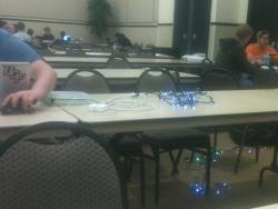 damnthatswhack:  Using Christmas Lights as an Extension Cord