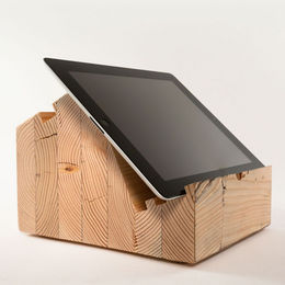 Bloct Model A.1 comes out with a new way to prop your iPad