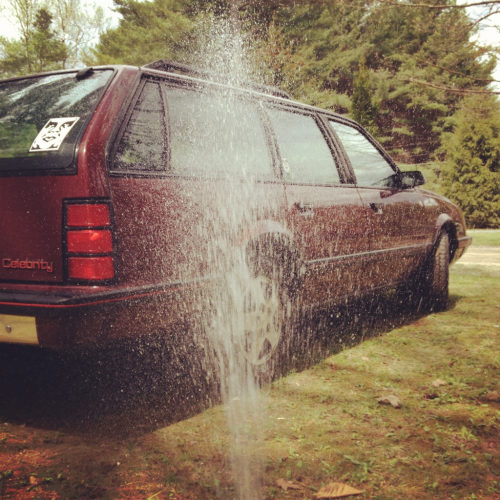 tboww:  washin the wagonnn! such a beautiful day