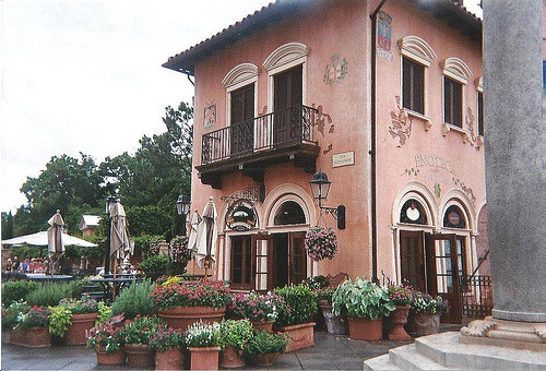 Enoteca in Florida  | by nocterne | via 21vines | dreamguide