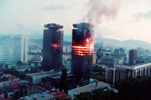 schrumpfgermane:   Bosnia and Herzegovina, 1992, more…