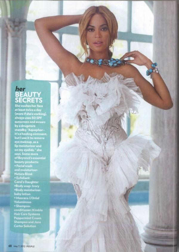 Beyonce in Marchesa.