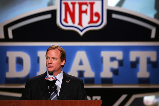 "nfloffseason:  We are only one day away from the 2012 NFL draft. Just like last year, your best friends here at NFLO will be live blogging the draft. And just like last year our invitations to view the draft in person must have been lost in the mail. Bummer. That's ok, we'll do it up from our living room couches, we are nothing if not blogging buds of the people. So set your alarms and meet us in your tumblr dashboard for Thursday night's viewing extravaganza. As always, in the words of an angry Bart Scott, ""CAN""T WAIT!"""