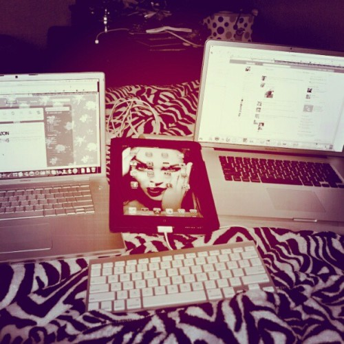 #maclife #macbookpro #setup #ipad #dowrk  (Taken with instagram)