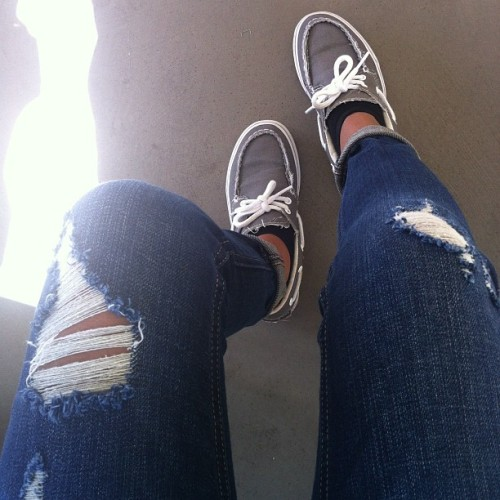 Destroyed denim, double cuff, and Vans 👟👟 #ootd #morning #igdaily #self #vans #hollister (Taken with instagram)