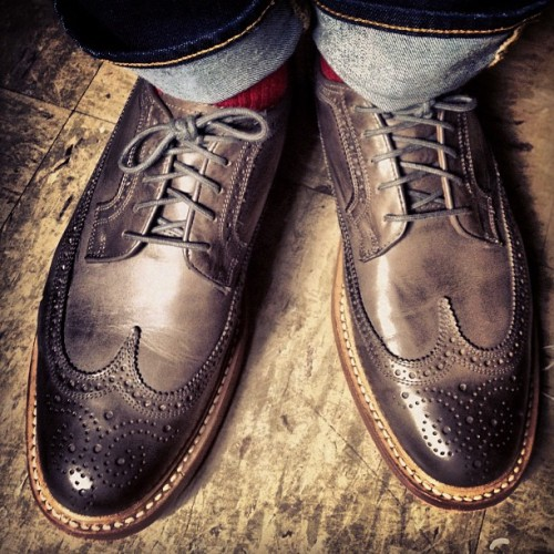 WANT. Really digging these brogues. Burnished Gray Longwings. Size 10.5 please.