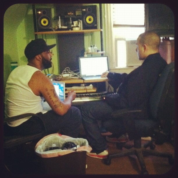 Making sum music…….. #nyc #abovetheweather  (Taken with instagram)