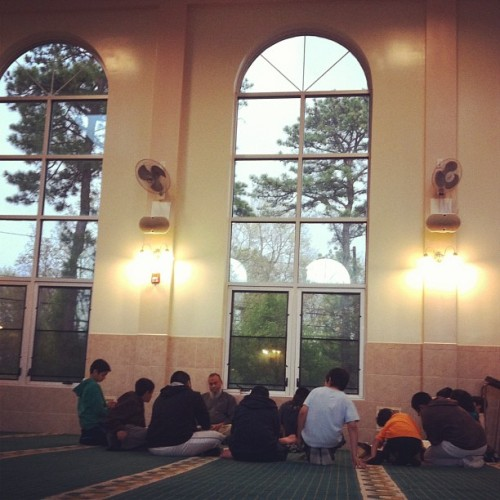 Kids learning Quran <3 #masjid #mosque #islam #muslim #kids #bayshore  (Taken with instagram)