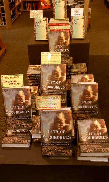 Gary Krist's amazing new book CITY OF SCOUNDRELS. I promise you will learn things about Chicago you never knew. Both Ed and Stefan loved!