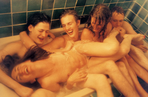 a bunch of naked people in a tub. kurtanesque: Ryan McGinley
