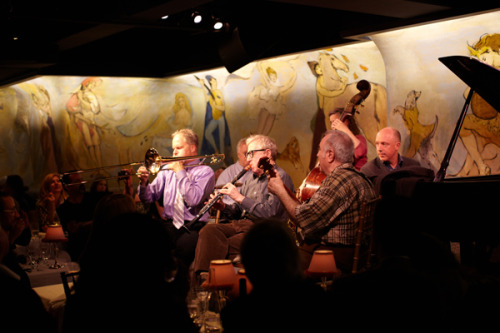 Woody Allen and The Eddy Davis Jazz Band at The Carlyle. Blog Post: La Di Da « Photo by Decade Diary